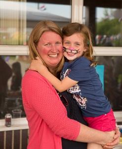 Jill Graves & her daughter Erin